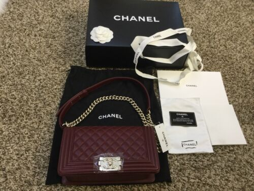 Authentic Chanel Womens Bag