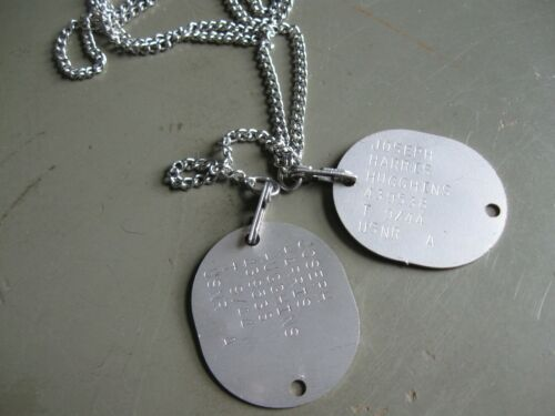 WW2 US Navy and US Marine dog tag reproductions with M1940 chains