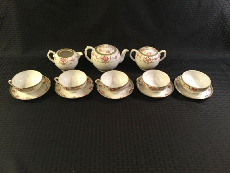 13 PCS VINTAGE NIPPON HAND PAINTED PINK ROSES WITH GOLD TRIM TEA SET