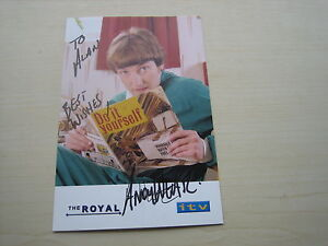 Andy Wear (The Royal/Heartbeat) hand signed RARE **FREE POST**