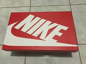 BNIB Men's Size 8 US Nike Roshe One Fairfield West Fairfield Area Preview