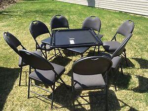 2 Tables de cartes & 8 chaises