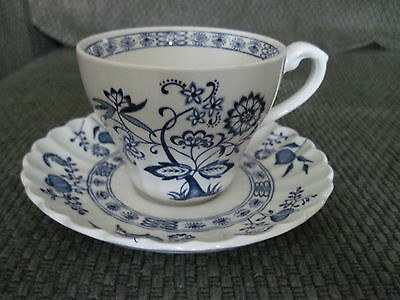 J & G MEAKIN Classic White Blue Nordic Teacup & Saucer England