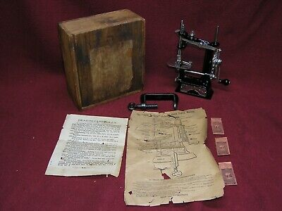 Antique Smith & Egge Cast Iron LITTLE COMFORT Sewing Machine w/Wooden Box/Manual