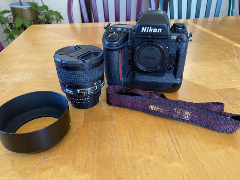 [Near MINT] Nikon F5 w/ Nikkor AF 85mm 1.4 D lens