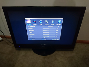 Sanyo 32 inch lcd TV Birkdale Redland Area Preview