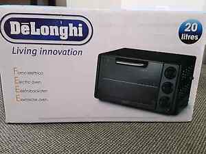 DeLonghi Oven Brand New for Sale Revesby Bankstown Area Preview