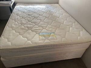 Queen Size Slumbercare Bed energy plush