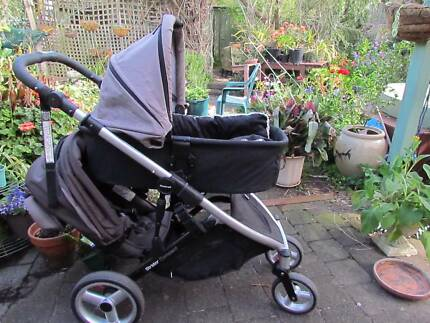 Dual stroller with 3 options. Steelcraft Compact Deluxe