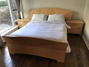 6-Piece Italian Contemporary Bedroom Set (Pristine Condition)