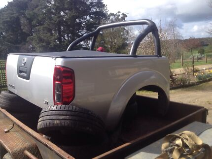 Nissan navara d40 tub and bumper Poowong South Gippsland Preview