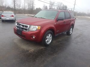 2008 Ford Escape 4x4 leather safetied XLT