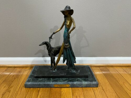Bronze Aristocrate Woman & Dog Walking Sculpture Inspired by Louis Justin Icart