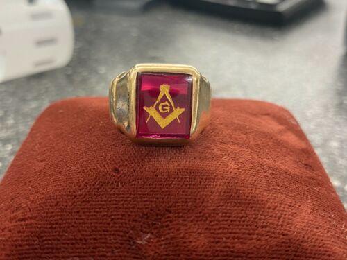 Vintage 14k Mason Ring