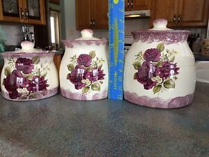 Kitchen Canisters - Set of Three