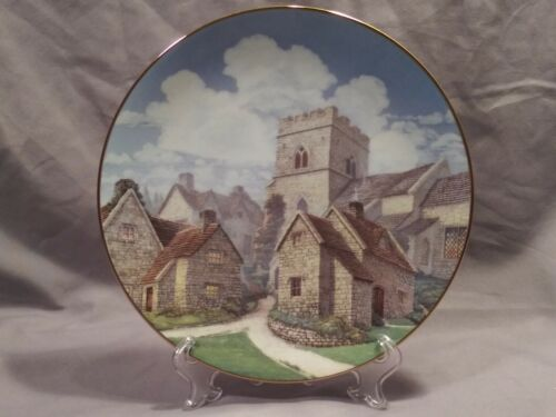 "David Winter Cottages Cotswold Village 8.5"" Collectors Plate"