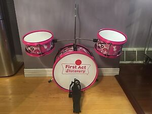 First act discovery drum set $20