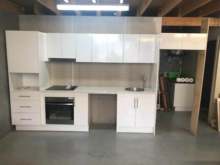 Complete kitchen already