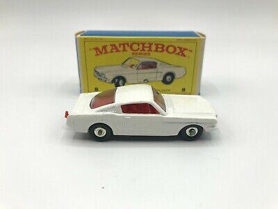 Matchbox Lesney #8 Ford Mustang Fastback E4 Box Very Nice!!