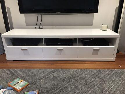 Tv unit / lounge room storage / tv cabinet