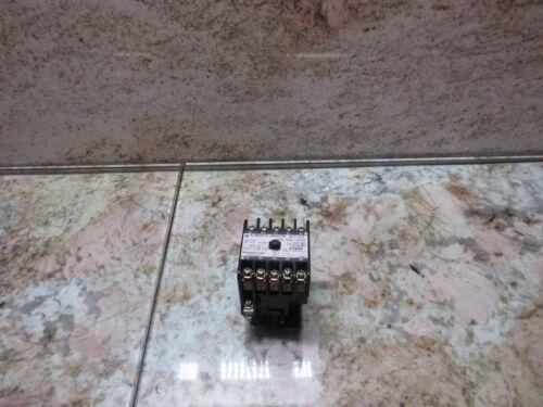 HITACHI AC MAGNETIC CONTACTOR H11-F3 A58L-0001-0248 CNC