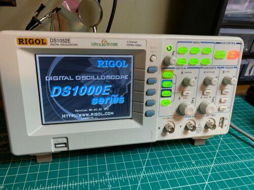 Rigol DS1052E digital Oscilloscope 50MHz 1 GSa/S 2 channels plus USB storage