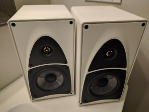 Mirage FRX one bookshelf speakers