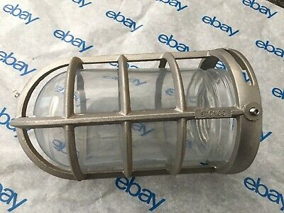 Stonco V131 Vgc100 Industrial Cast Aluminum Guard With Clear Glass Dome