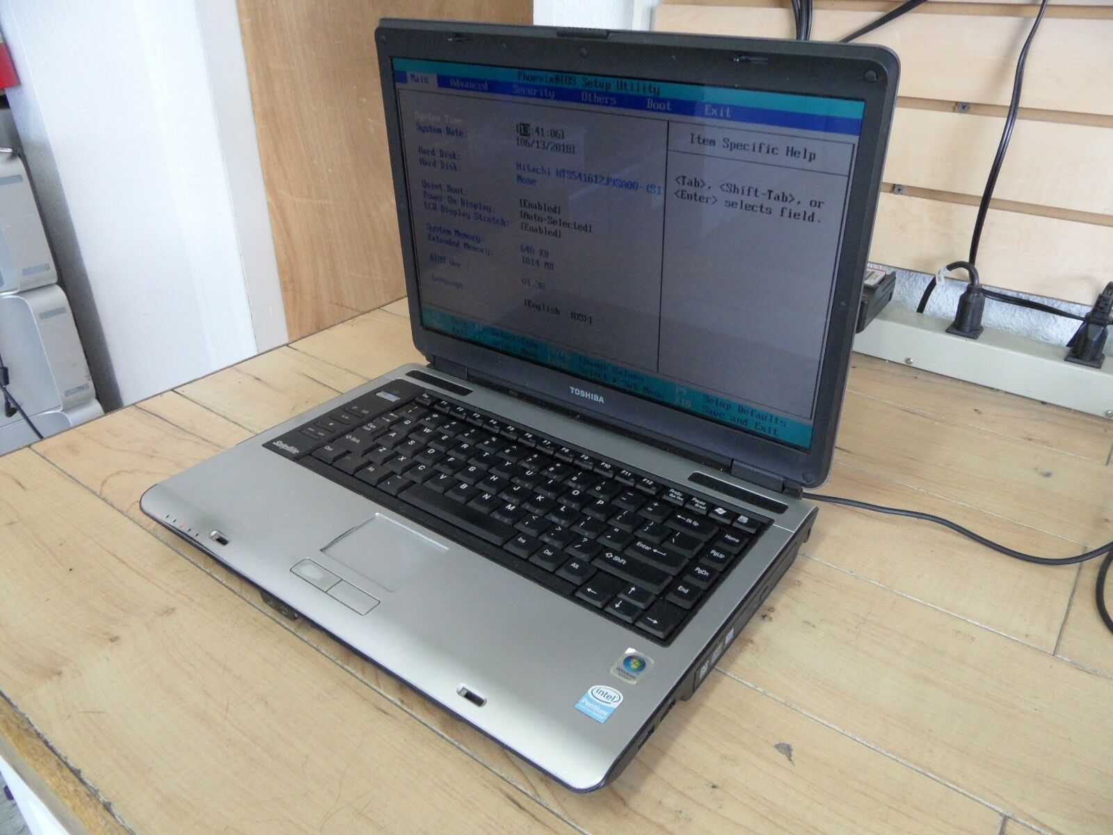 Toshiba Satellite A135 A135-S4527 Laptop For Parts Posted Bios Hard Drive Wiped*