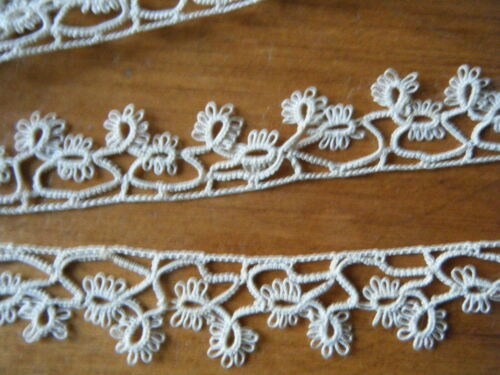 Old antique nice Tatting pattern trim lace hand made linen tan