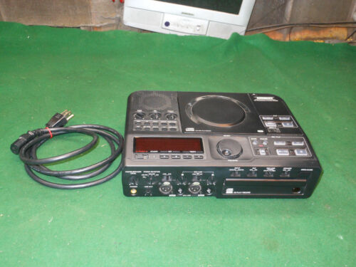 Superscope PSD330 CD Recording System With Remote