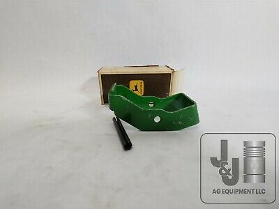 Genuine John Deere Pto Shield Retainer Ar44712 R42583 2510 2520 3020 4030