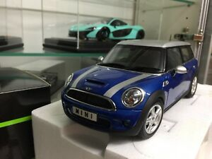 Dealer version 1/18 Mini Cooper s clubman by kyosho