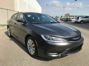 2015 Chrysler 200 LX | Bluetooth | XM Radio | Keyless