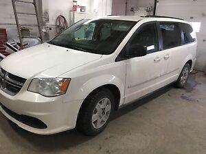 Dodge caravan 2011