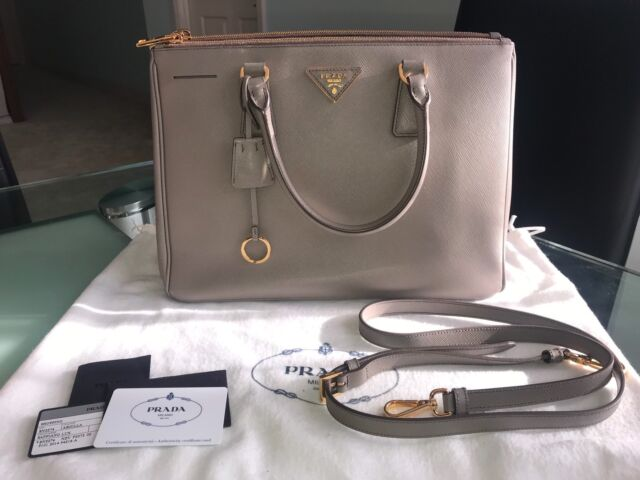 83c1090570d7 Prada Saffiano Galleria Double Zip Bag
