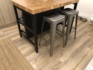Metal Stacking Bar Stools (2)