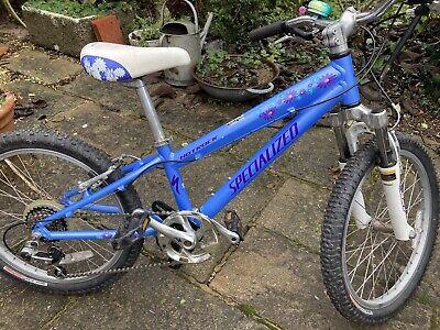 Girls Bike Specialized Hotrock - 20 inch wheels, Lovely Condition