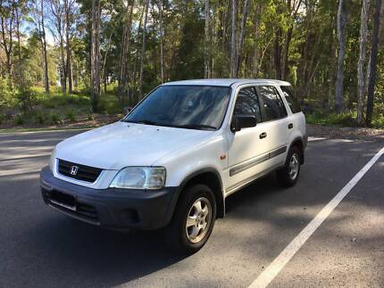!!URGENT!! Honda CR-V 4x4 automatic in Best Condition