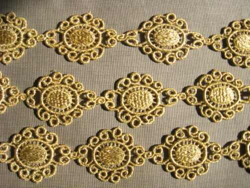 9 1/2 YDS GOLD MYLAR  MEDALLION VENISE GALLON LACE