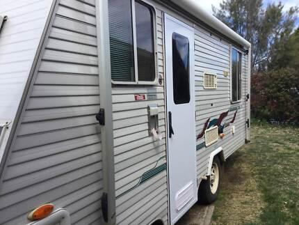 Used caravan Rivett Weston Creek Preview