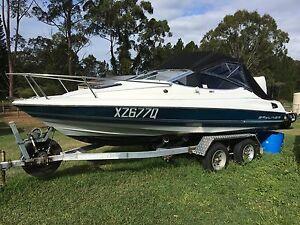 ITS GOT TO GO MY NEW BOAT IS WAITING 6m bayliner 200hp mercury Elimbah Caboolture Area Preview
