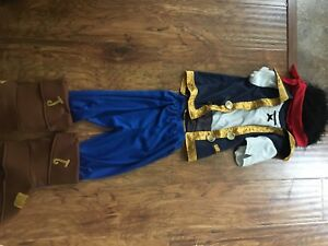 Disney store Jake and the Neverland Pirates costume