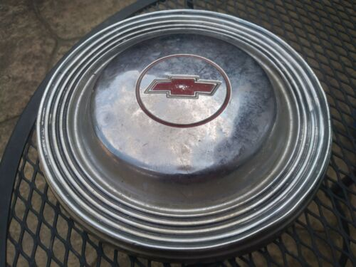 Vintage CHEVROLET Chrome Hubcap Wheel Cover Red - Ready to Decorate