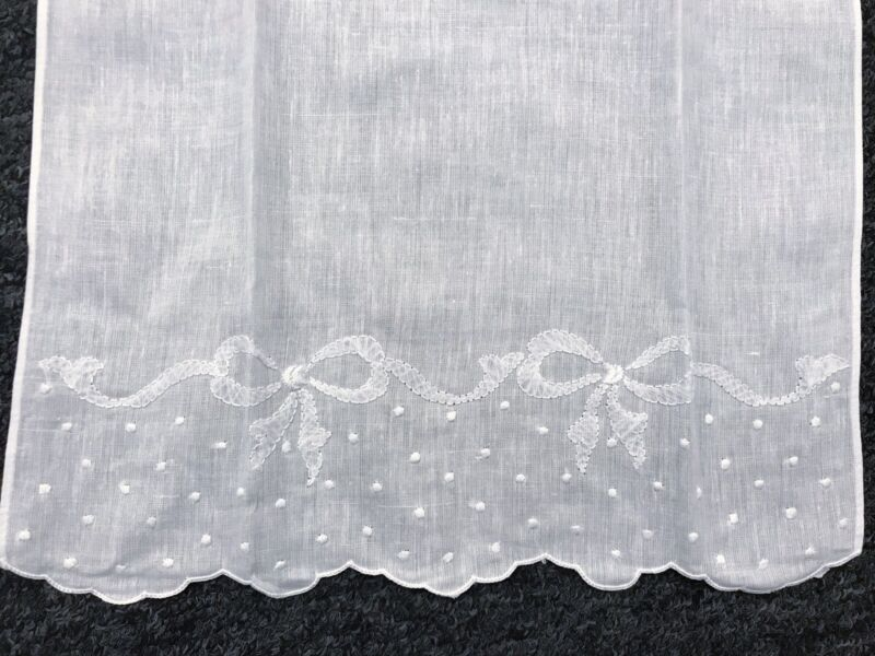 """6 Pieces Fine Linen Handmade Embroidered White Guest Towel 14x22"""" Hemstitched"""