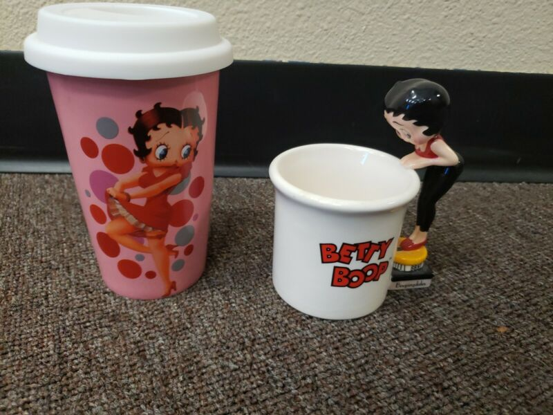 """BETTY BOOP  VINTAGE CUP 1998 KING FEATURES """"Boopingdals"""" + 12 oz. Ceramic Cup"""