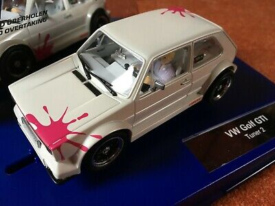 VW Golf GTI Tuner 2 Carrera Digital 132 Slotcar