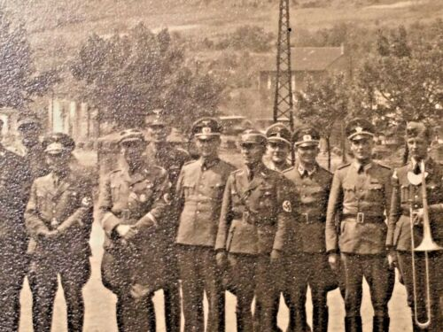 VINTAGE GERMAN MILITARY  PHOTO UNKNOWN YEAR  WW2