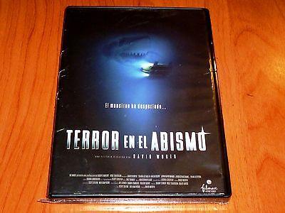 TERROR EN EL ABISMO / Shark Attack 3: Megalodon English/Español DVD R2...