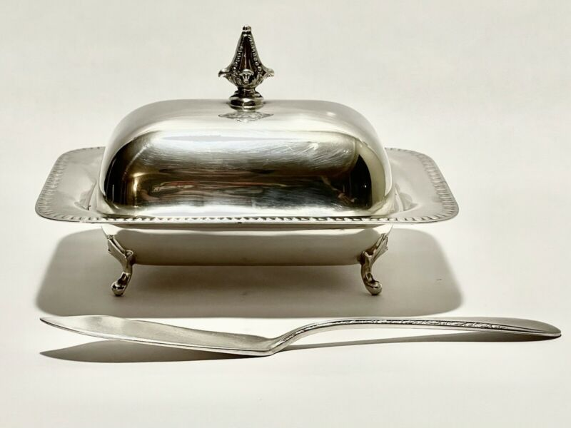 Majestic Antique Footed Georgian Style Butter Dish Silver plate With Spreader